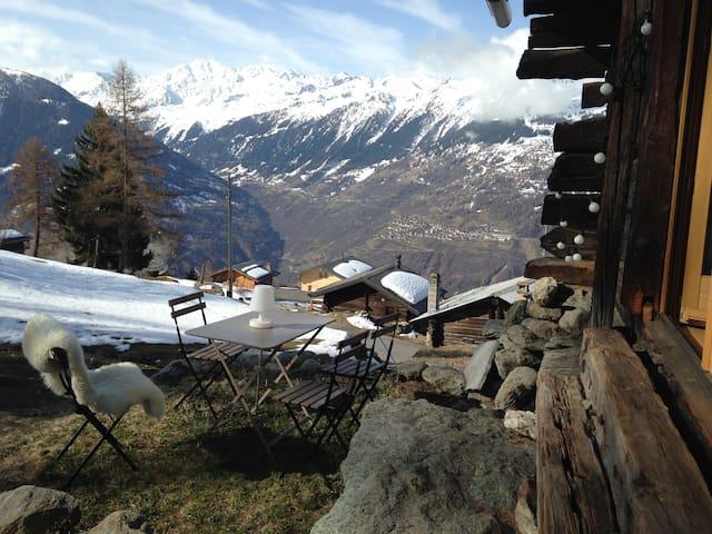 Le vieux chalet - Mase - กระท่อมบนภูเขา