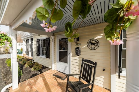 Rivermont Carriage House – Luxury, Near Downtown