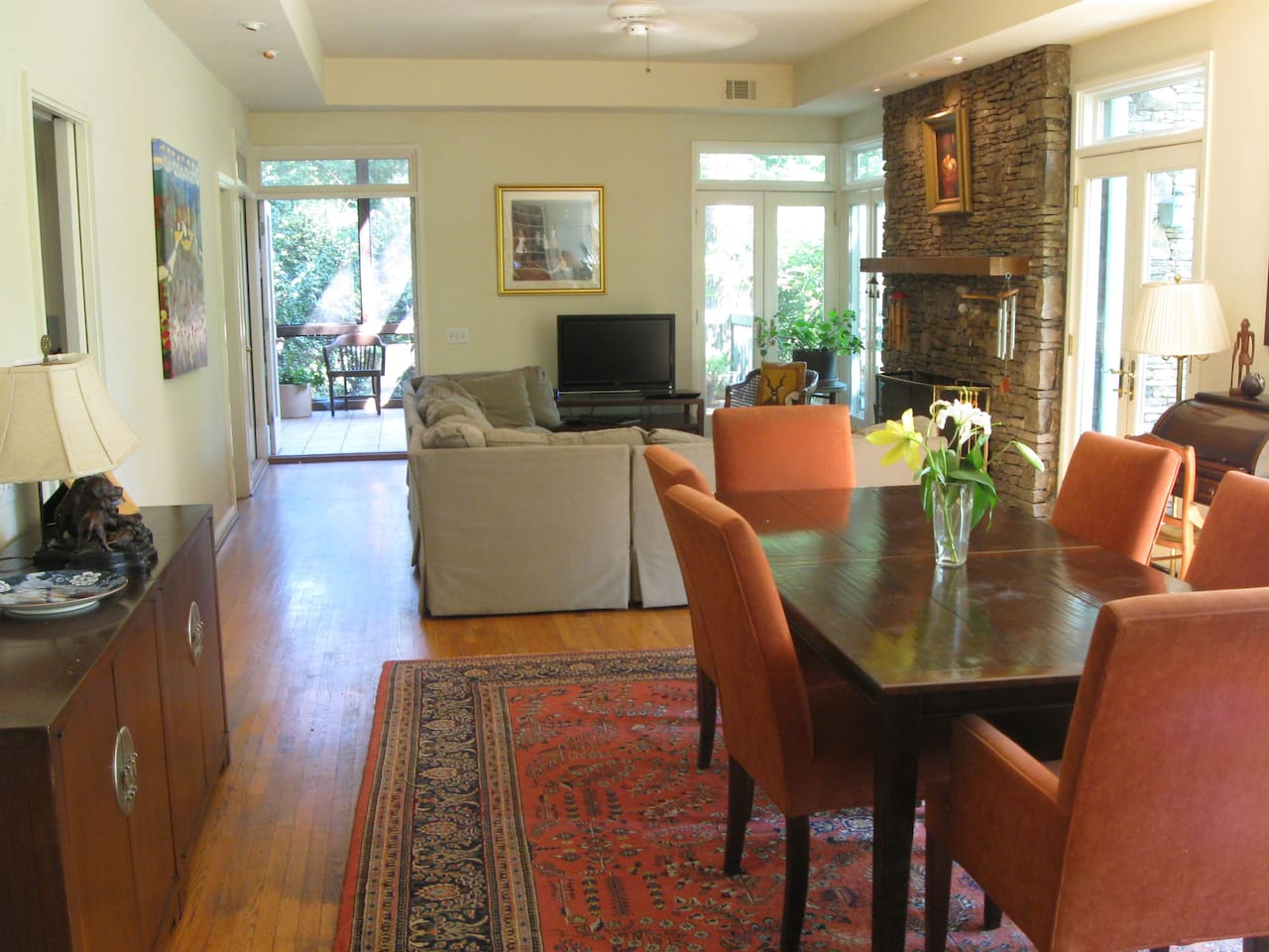 Beautiful open airy Living and Dining room which, can set 12. CHEF available