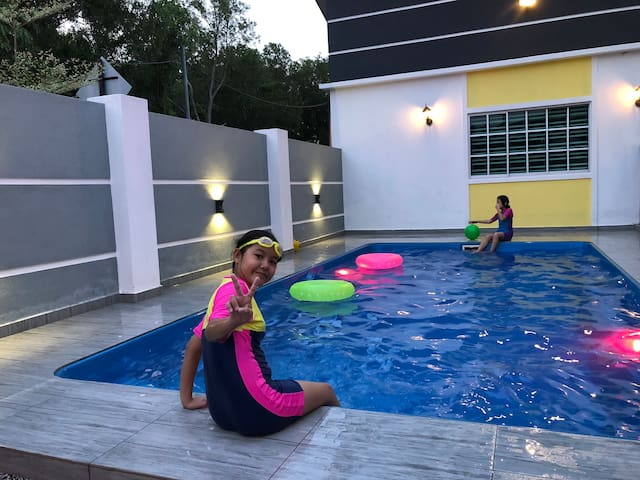 H&H 1, Private Pool 16 pax (Special Rate min 2N)