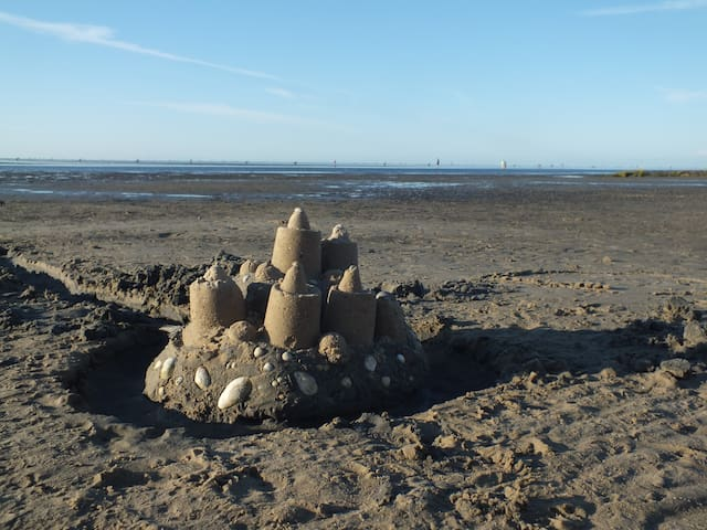 Nur 50m zum Strand: Super-Ferienwohnung in Duhnen!
