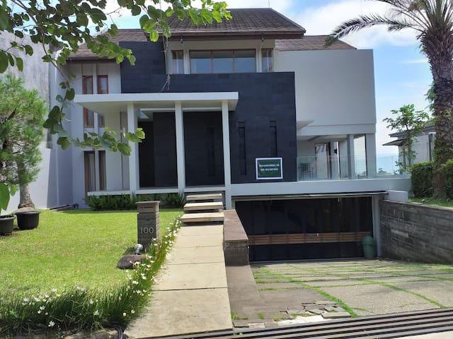 Villa Dago Permai 100