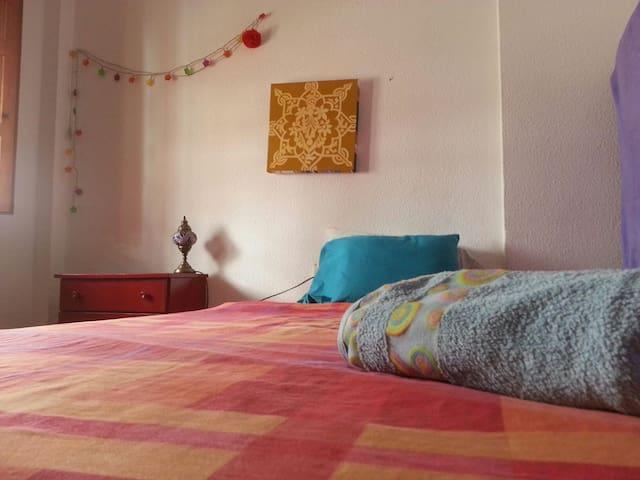 Habitaciones albaicineras-CENTRO!!! - Granada - Bed & Breakfast
