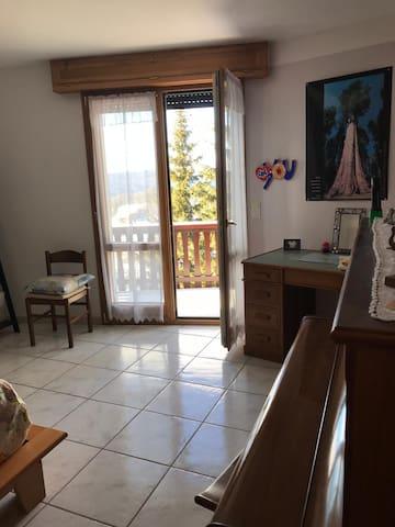 """Chambre en résidence privée """"Adèle"""""""