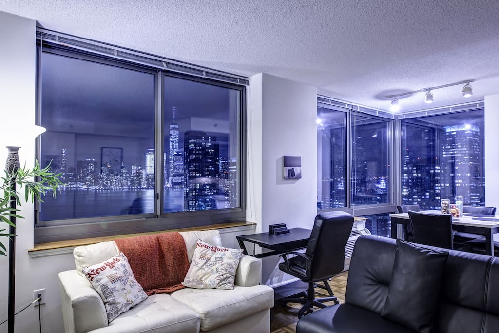 Pelican Stay Monaco New Jersey - Living Area