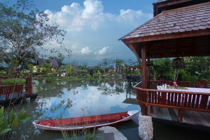 B1 : Prachuap Garden View Resort @ Family 6