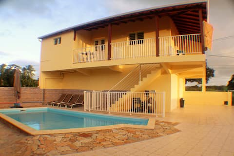 Chez Youyou - Guest house avec piscine (2-4 pers)