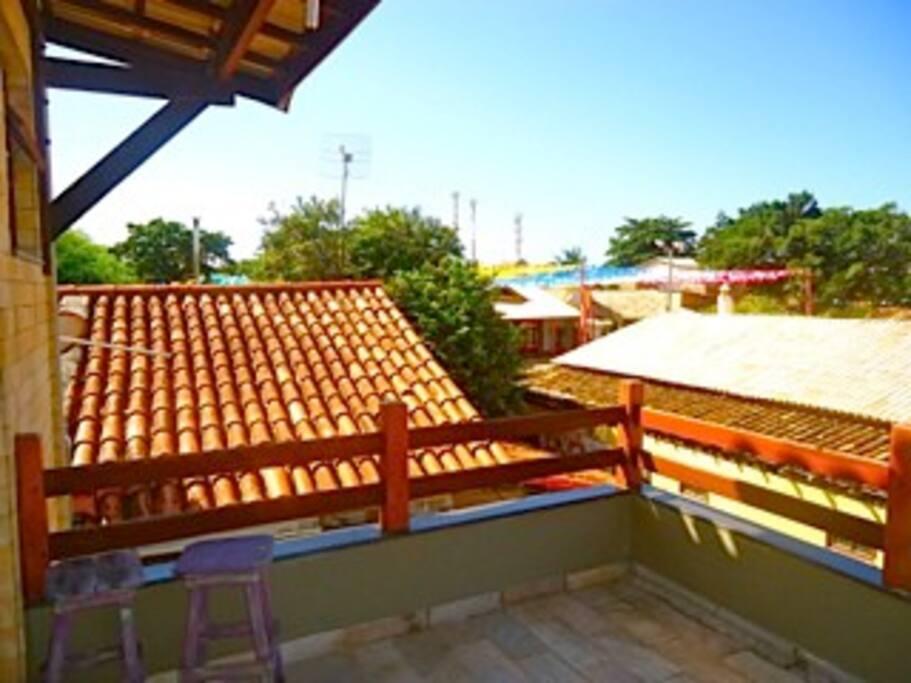Vista para o centro onde está localizados os restaurantes e lojas de Praia do forte