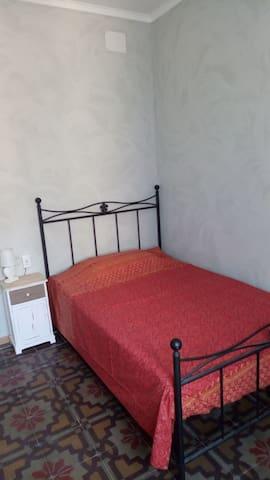 Camera privata Teseo