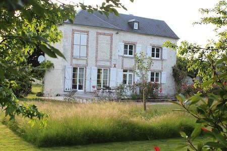 Chambre en Vallée de Seine (petit-déjeuner inclus)