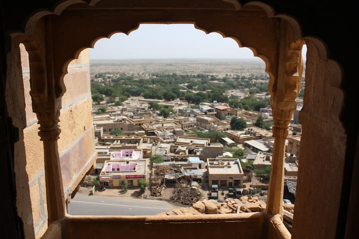 A 15th Century Stay with Sunrise/City View! - Jaisalmer - Overig