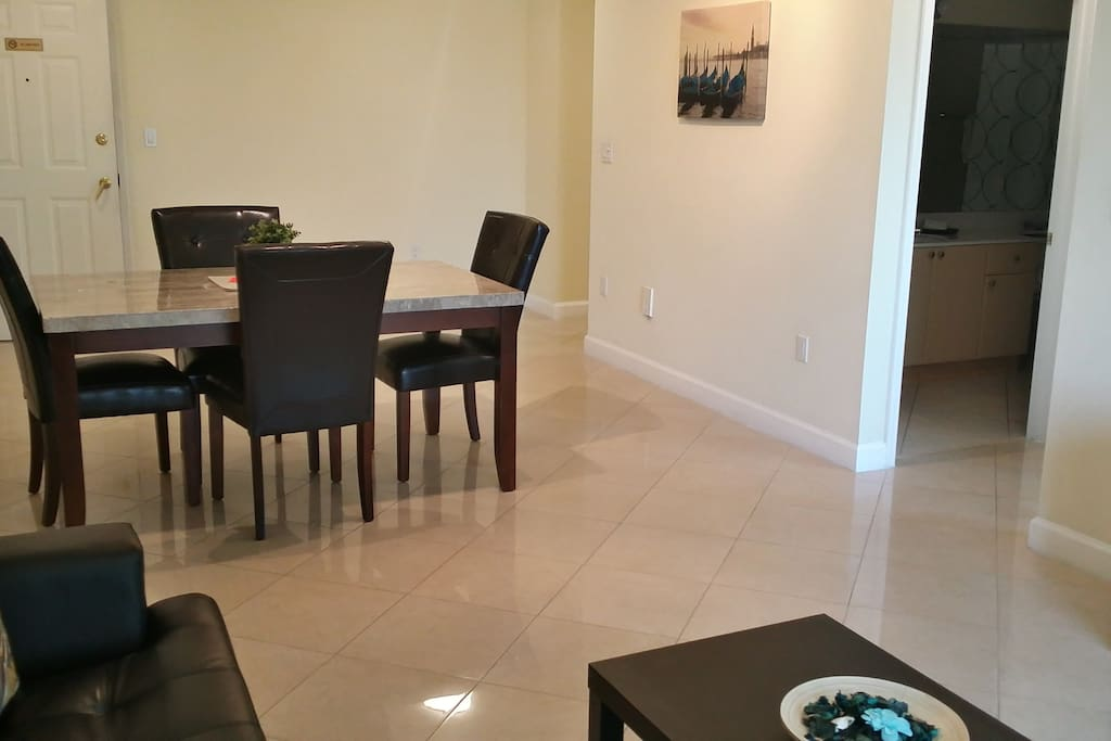 Coral Way 1 Bedroom 3rd Flr 10 Apartments For Rent In Coral Gables Florida United States