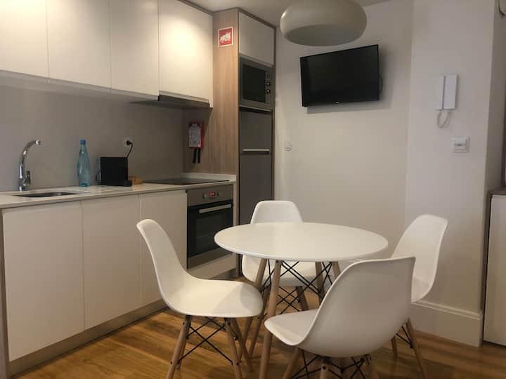 Polery Apartments Center 1E