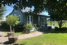 Milton Villa Cottage. Nestled in a vineyard in the beautiful Dartmoor Valley.