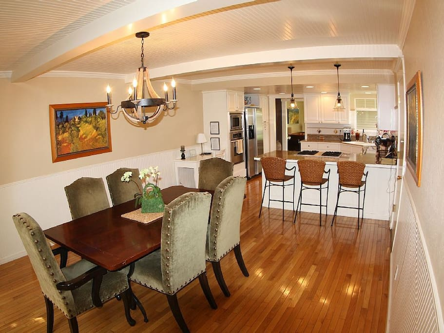 Open Kitchen and Dining Room.  Great for entertaining!