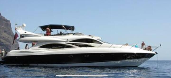 Best place near Tel Aviv the Ligma Yacht