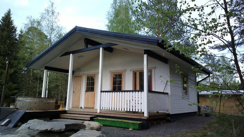Cottage with Sauna - Mökki saunalla