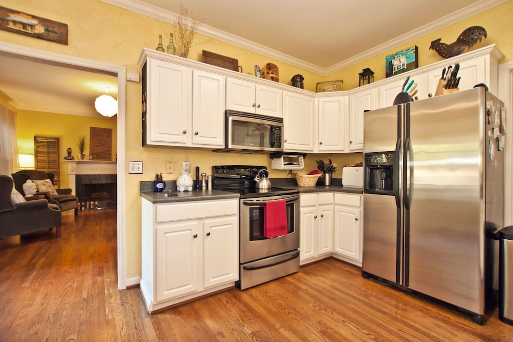 Fully stocked kitchen with all you need to make a meal at the house or store your leftover hot chicken.
