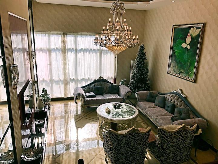 东三环,外企公寓,豪华复式别墅,适合高端聚会、展览、摄影,居住!给您奢华的享受