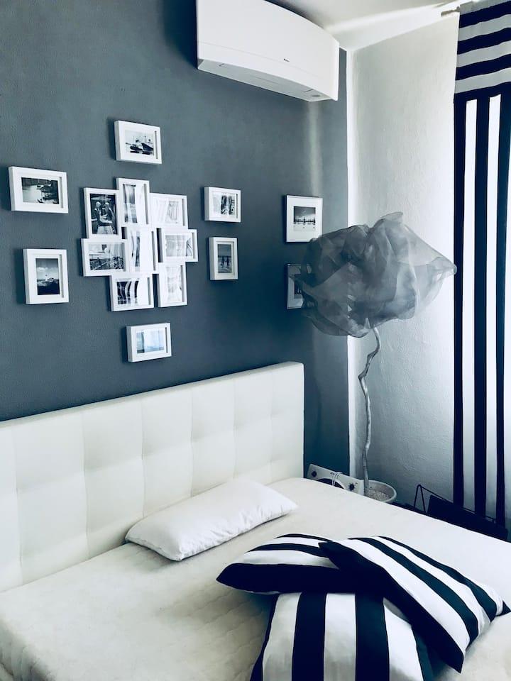 Lugano lake's luxury residence studio