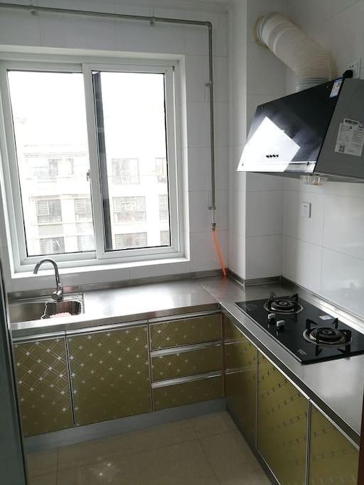 厨房天然气可以做饭