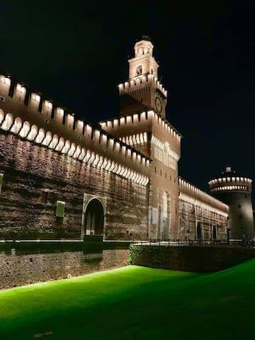Castello Sforzesco ( versione notturna)