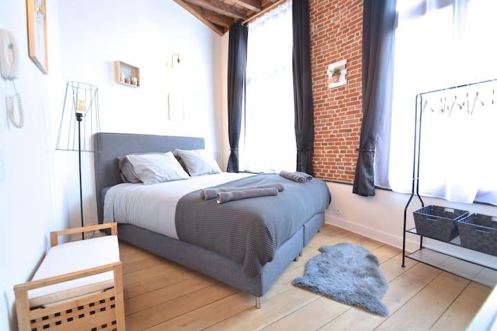SA02 Chambre privée - Quartier Sainte-Catherine