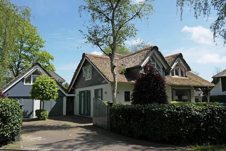 Landhuis Bergen - Bergen - Villa