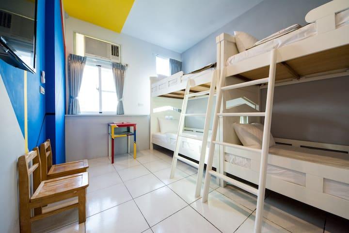 五月份住宿第二天半價,幫你大省錢,玩更爽!!  快來詢問訂房。  (包棟) - West Central District - Casa de hóspedes