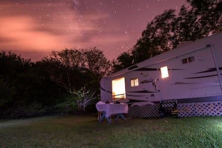 Secluded Mobile Home on Large Land - Big Pine Key - Camper/RV