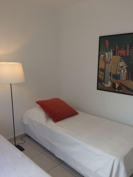 Bedroom - 2 Singles