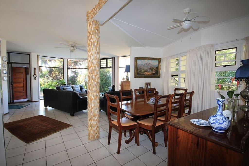 Dining room to front door