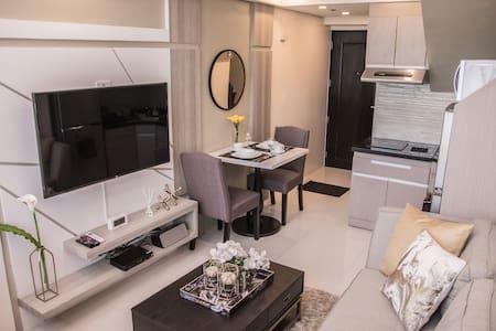 Cozy one-bedroom Penthouse loft in Ortigas Center