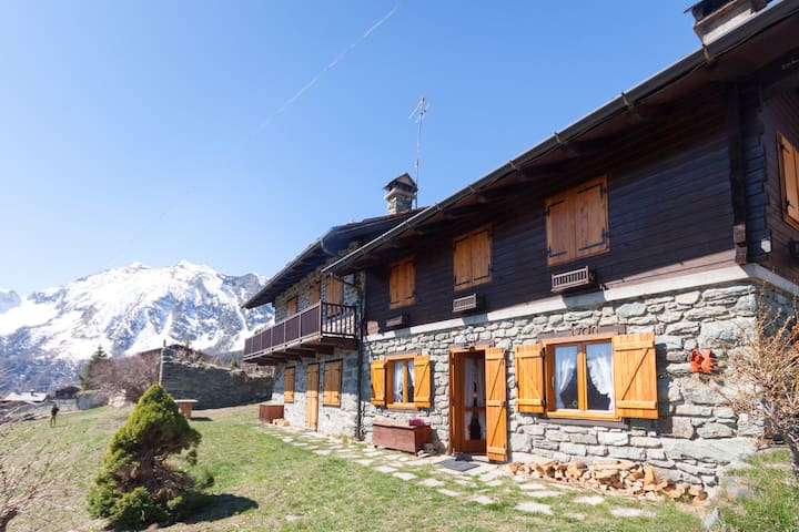 Appartamento in Val d'Ayas - Valle d'Aosta - Antagnod - Apartment