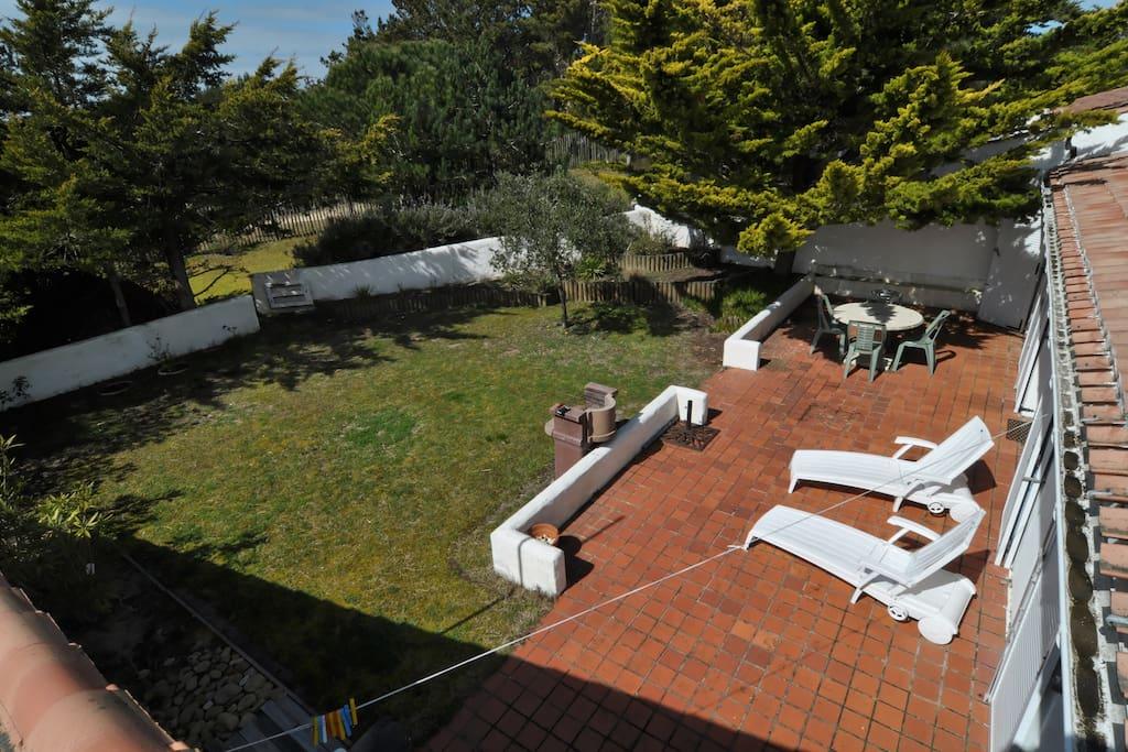 Jardin et terrasse ouest sans vis à vis