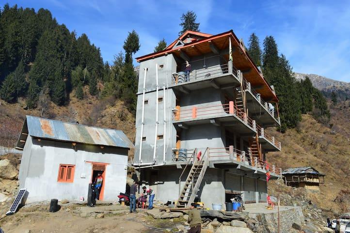 River Side & Mountain Midst Dragon House Malana
