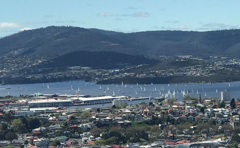 Your Home in Hobart - Breakfast Included!