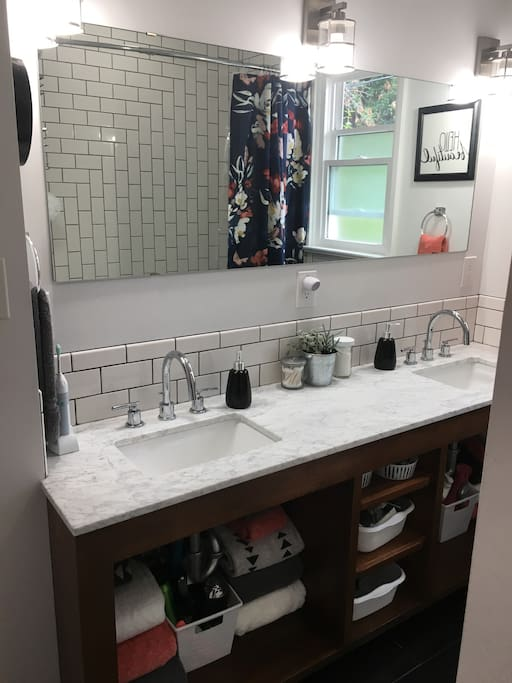 Double sink bathroom. (Shared.)