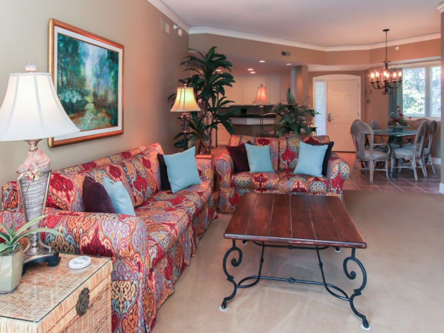 Living Room with Ocean and Pool Views at 206 Windsor Place