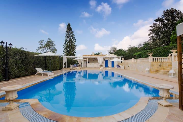 Villa Aphrodite-Private pool-WiFi-AC-