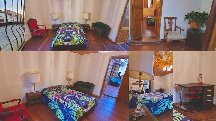 Large Double Room in Big House of Candelaria 200m2