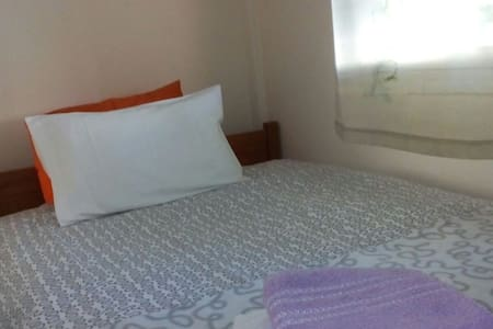 Lovely room in the Centre of Thess! - Thessaloniki - Apartment
