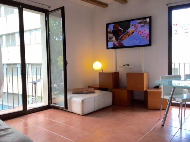 Modern Confortable Double Room Rambla Bcn Center