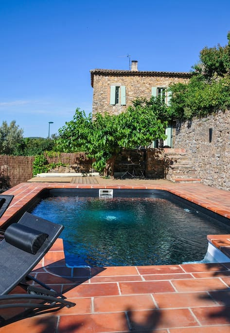 La piscine privée (7m x5m)