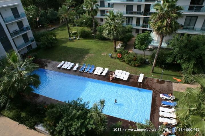 Modern 2 bedroom apartment with gym and pool - Lloret de Mar - Apartmen