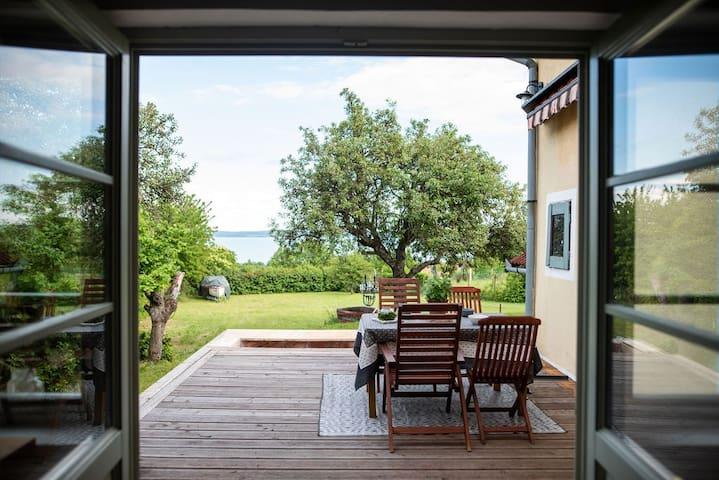 Balatonszepezd - Vincellérház kilátással
