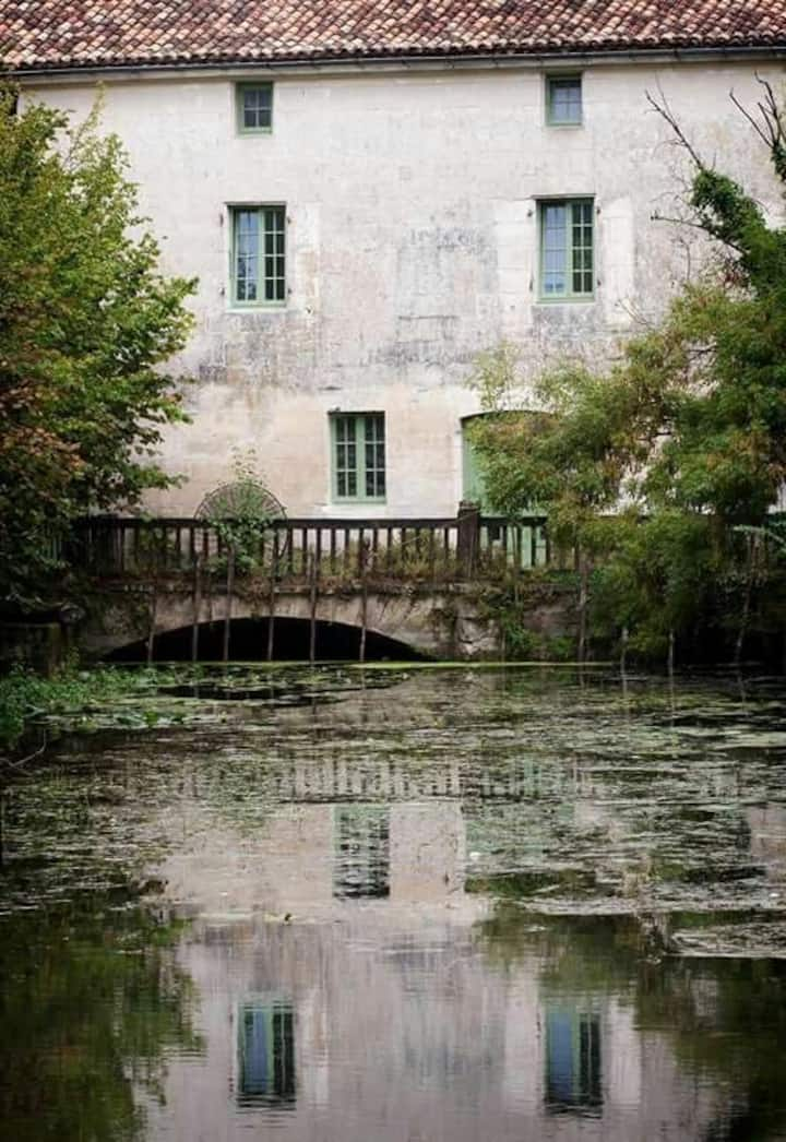 Watermill cottages on River Seugne,Pons. Cottage 1