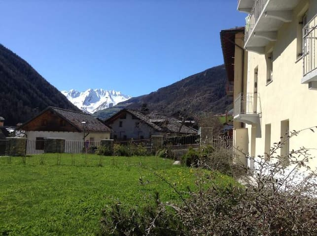 Estate in Val d Aosta! 😍Delizioso bilo, giardino