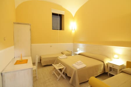 B&B&Garden2 Oplontis Amalfi coast Vesuvius&Pompeii - Torre Annunziata