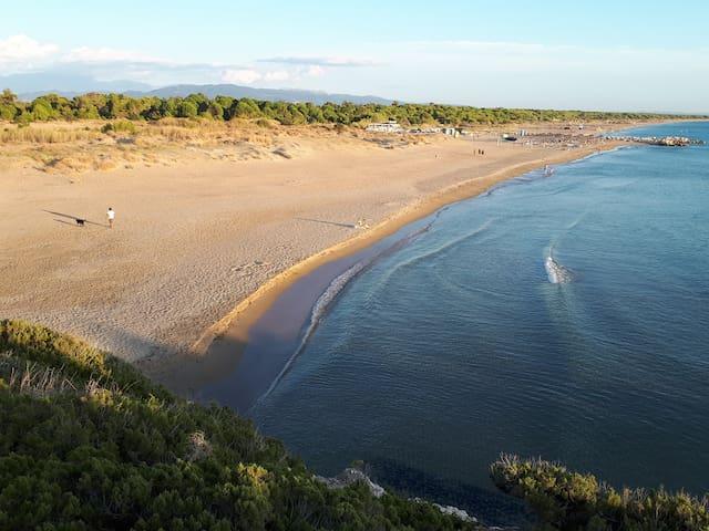 """Villa """"DUNES"""" Kalogria,Araxos,Patra"""
